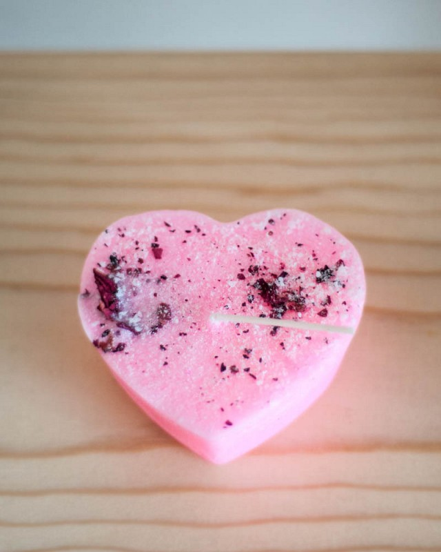 Rose Heart Candle