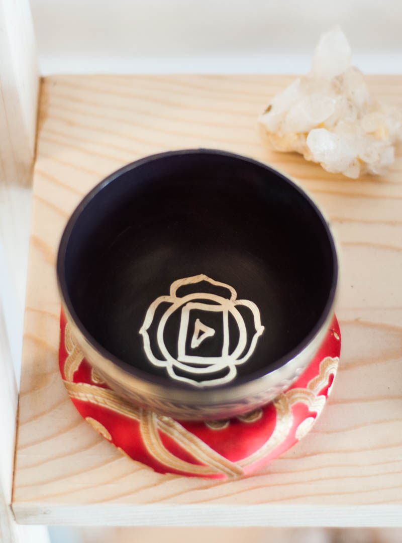 Root Chakra Singing Bowl - ornate