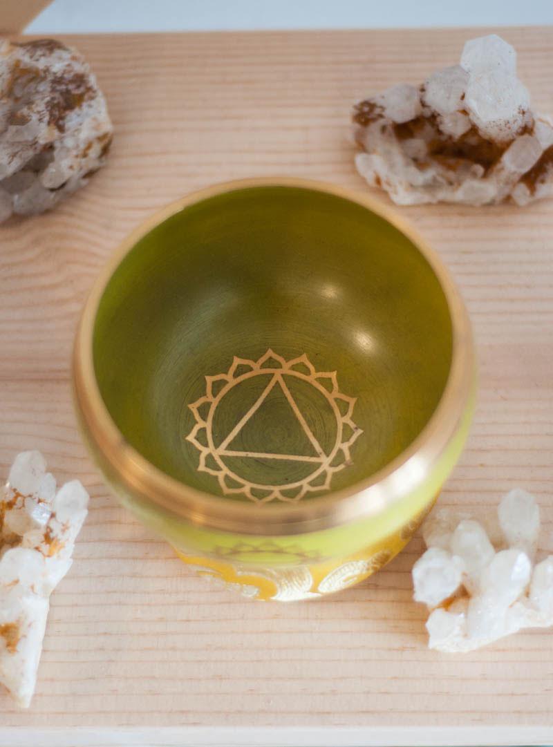 Solar Plexus Chakra Singing Bowl - solid Color