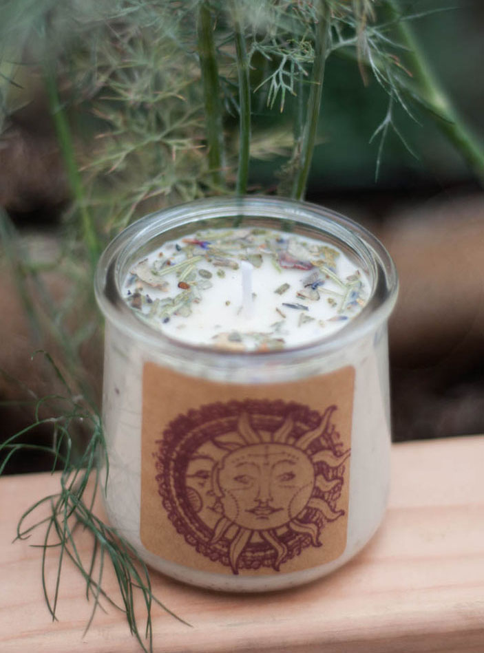 Upcycled container Herbal Candle - Dragon's Blood