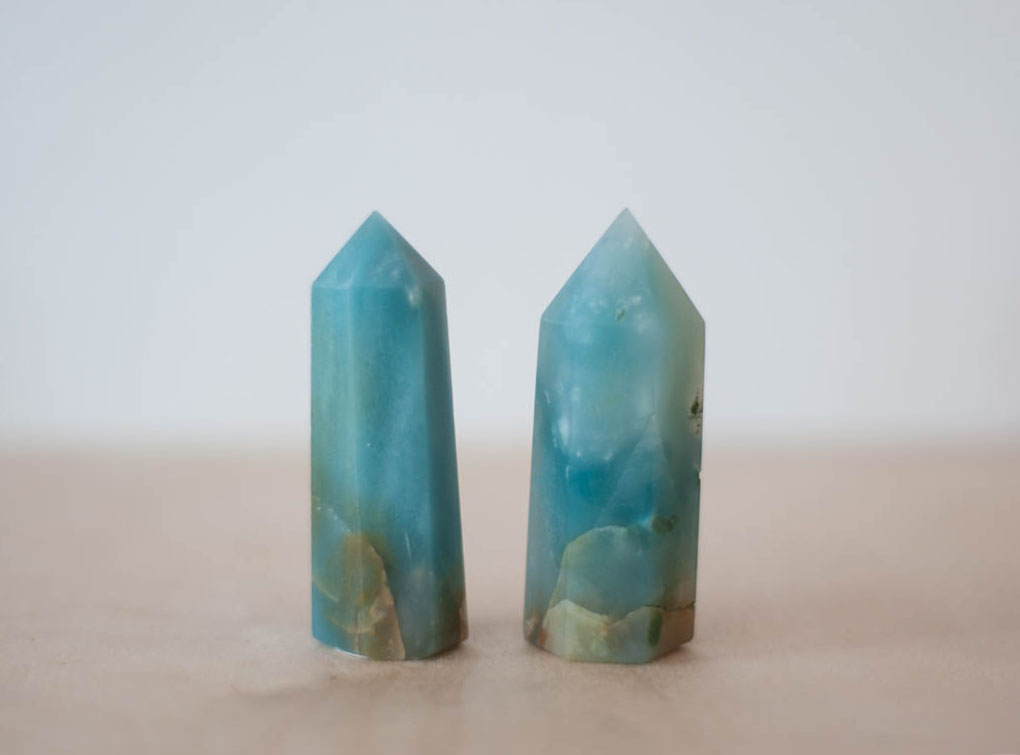 Caribbean Blue Calcite Tower small