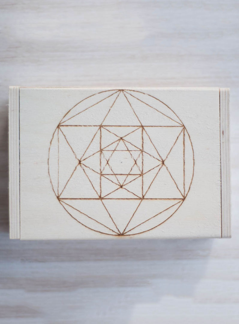 Metatron Hinged Wood Box
