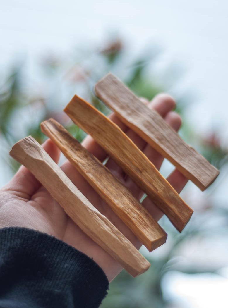 4 Palo Santo Sticks